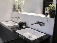 Rénovation salle de bain - Grand meuble suspendu avec doubles lavabo