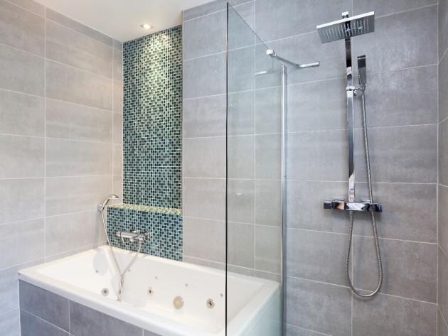 Restructuration design maison except design salle de for Salle de bain vert gris