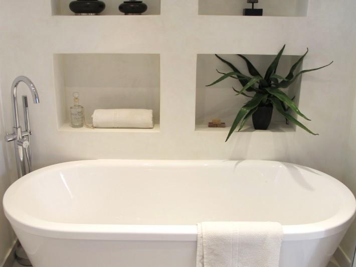 Salle de bain baignoire ilot - Inside Création - Salle de bain ...