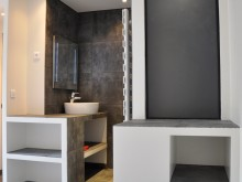 Salle de bain en ardoise