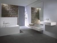 Salle de bains HANSADESIGNO avec robinetterie encastrée