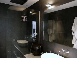 Salle de bains parentale avec douche italienne