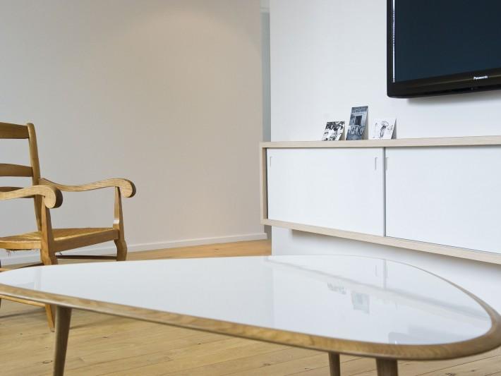 Table basse ovale bois & meuble TV sur mesure