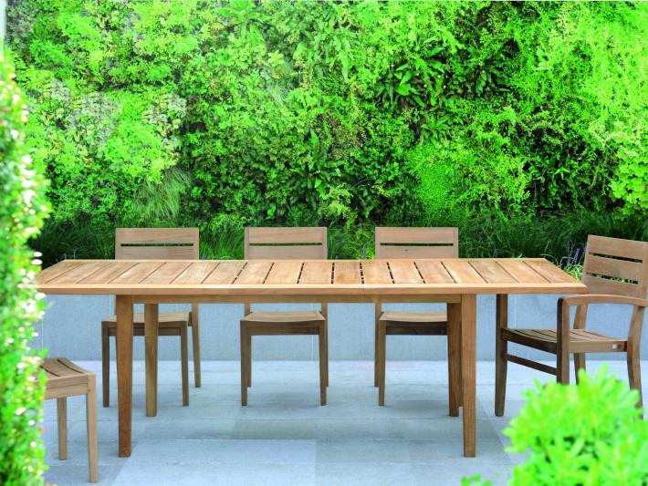 Table de jardin en teck : un classique revisité