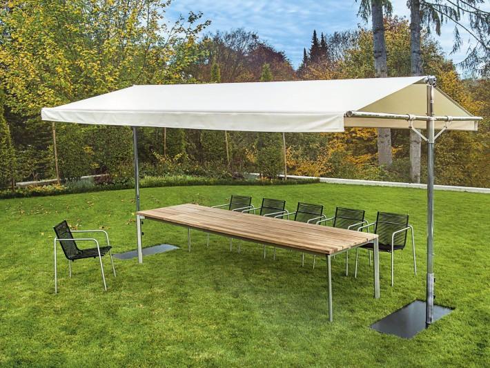 Table de jardin en teck : une table familiale