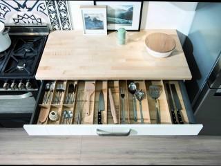plan de travail avec tiroir de rangement