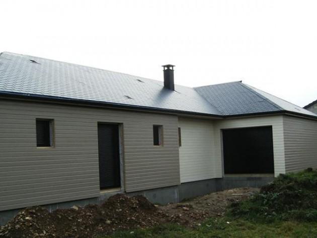 Maison en bois avec bardage de couleurs