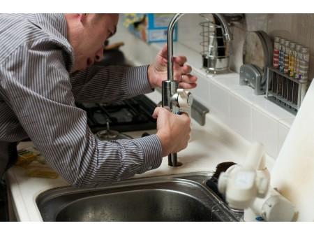 Débouchage de canalisations : conseils et astuces