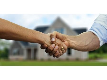 Pourquoi faire appel à un conseiller immobilier iad pour l'achat ou la vente d'un bien?