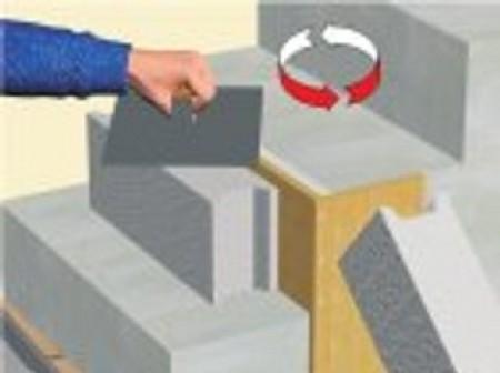 Réparer un nez de marche en ciment
