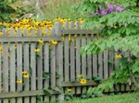 Poser une clôture de jardin - Extérieur : Idéesmaison.com