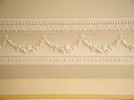 poser une corniche de plafond d coration id. Black Bedroom Furniture Sets. Home Design Ideas
