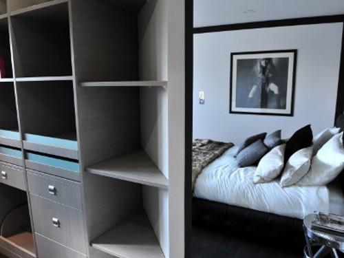 Solution rangement chambre maison design for Optimiser rangement chambre