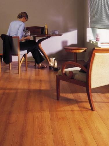 parquet massif ou stratifi a d couvrir id. Black Bedroom Furniture Sets. Home Design Ideas